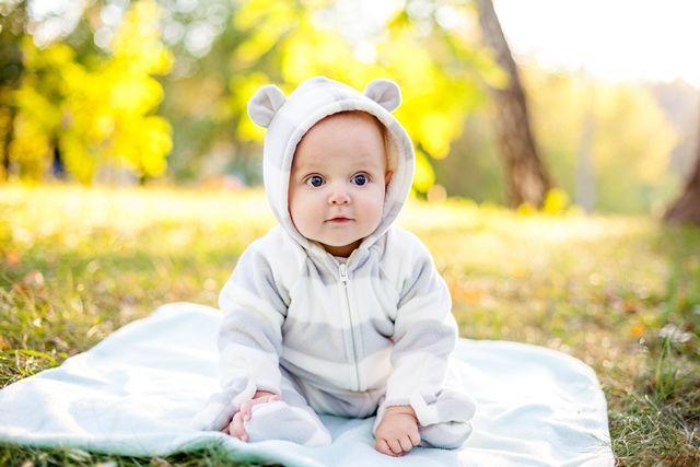Νεογέννητο μωρό. Η πρώτη βόλτα έξω
