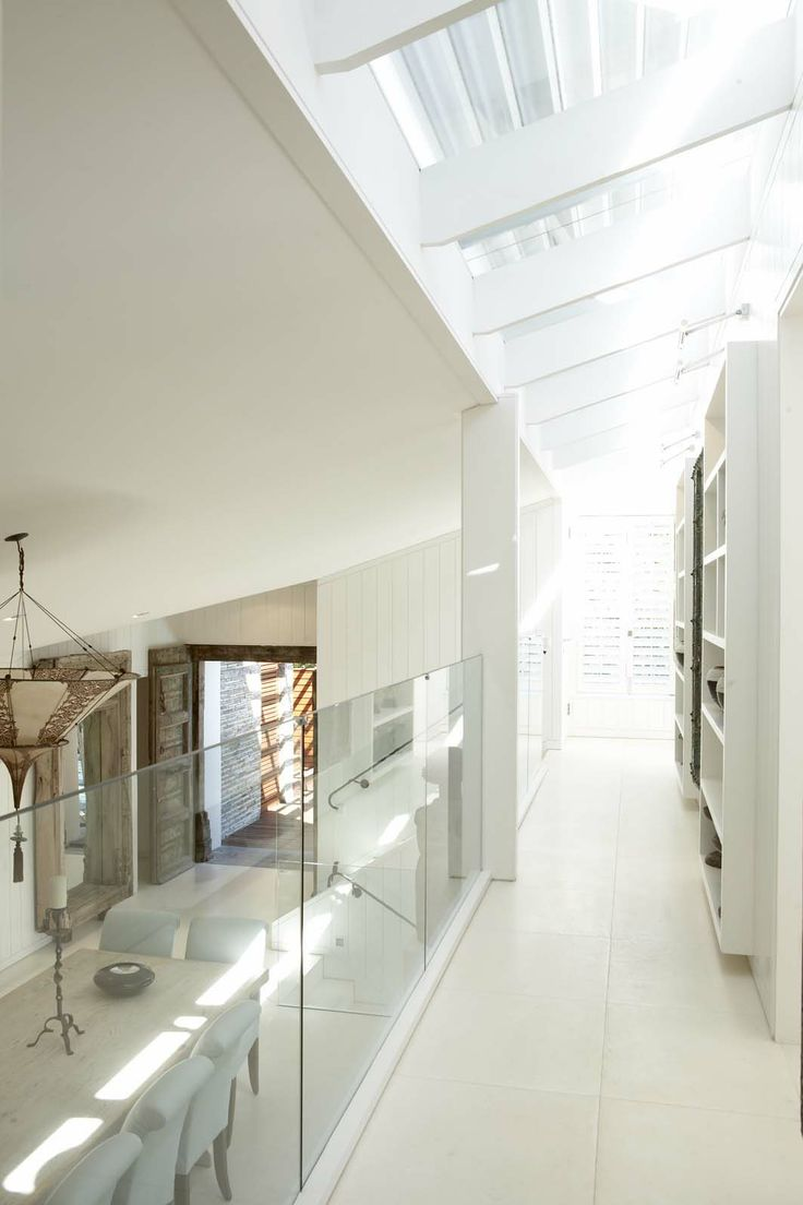 Jan-Heyn Vorster - Malan Vorster Architecture Interior Design. Completed as Partner at Meyer + Vorster Architects, Urban Designers and Interior Designers, in association with Anton de Kock Architects