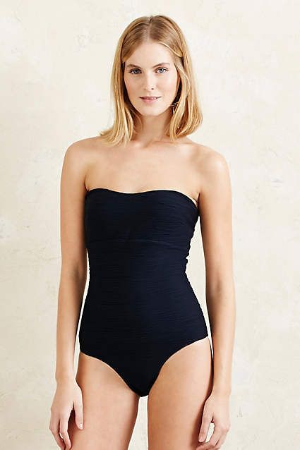 Varley Textured Bandeau Swimsuit - anthropologie.eu