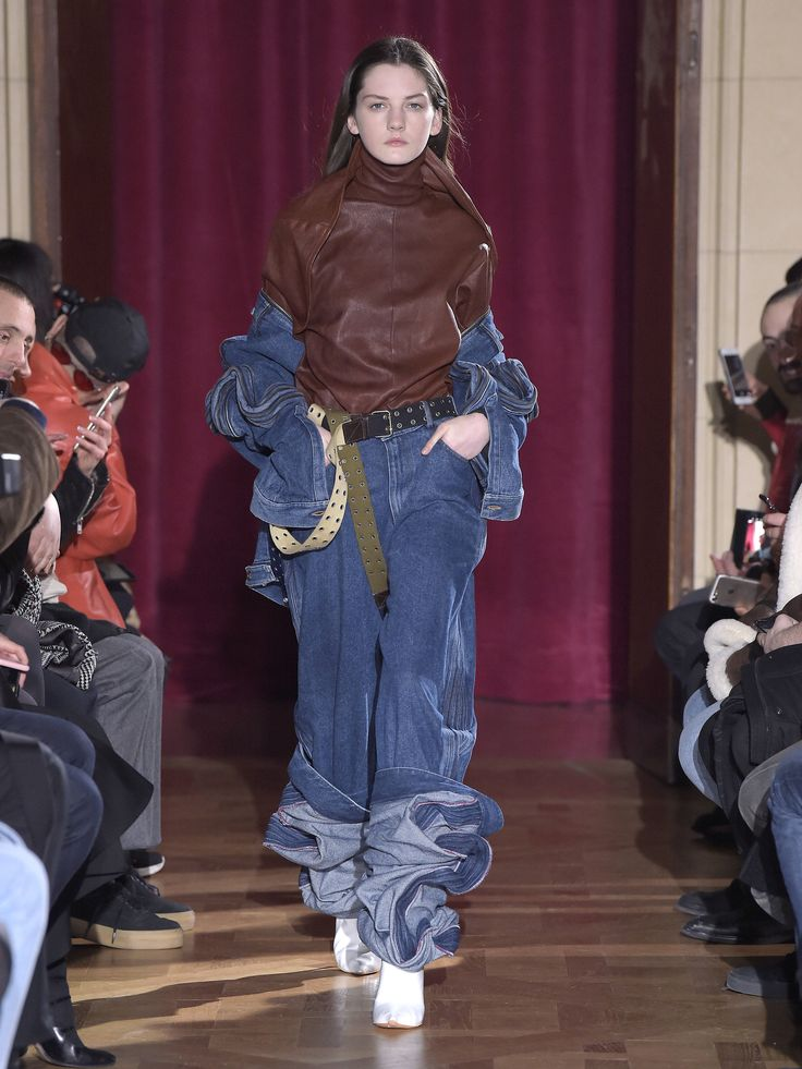 Y/PROJECT AW17 WOMENS LOOK 06
