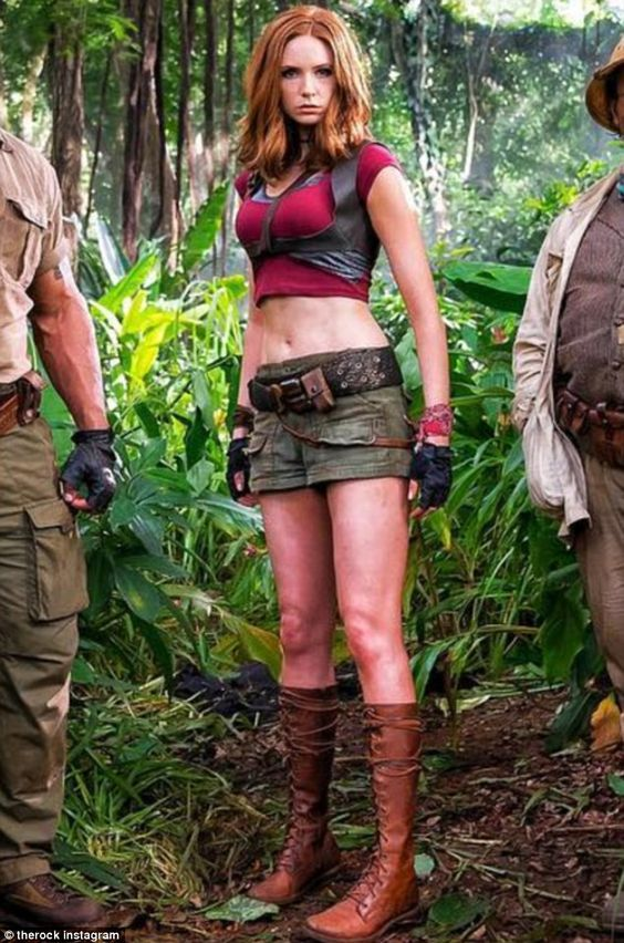 Karen Gillan in Jumanji! (So excited)