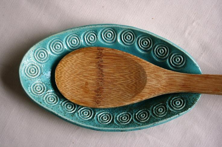 Ceramic spoon rest