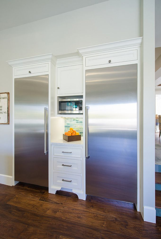 House of Turquoise: Builder Boy - i die over this LARGE freezer / fridge combo