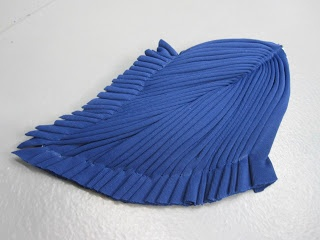 tutorial pleating technique Madame Gres used from Madame Pico