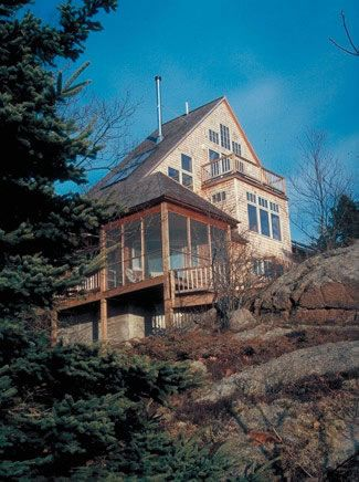 209 best images about dream house on pinterest craftsman for Small hillside house plans