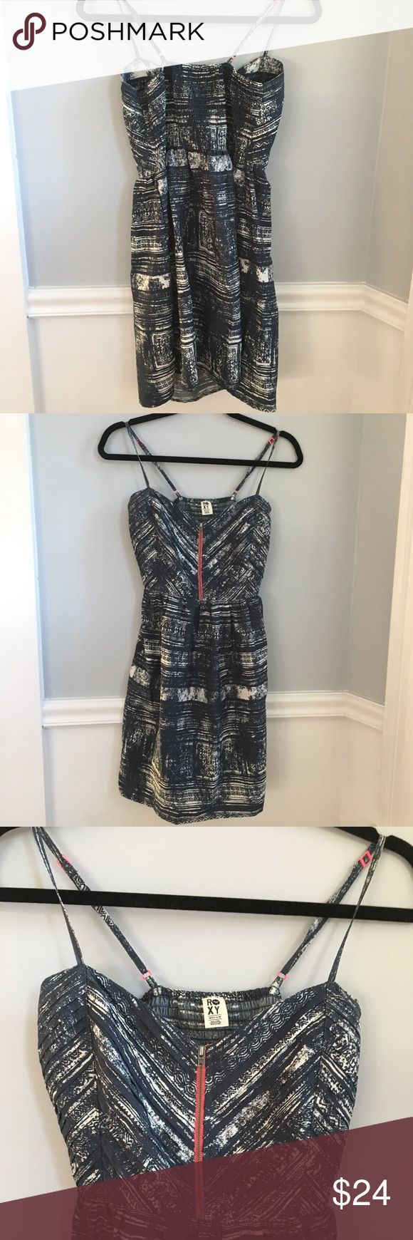 ROXY Tribal Abstract  Print Mini Strappy Dress M Adorable abstract patterned dress with fitted bodice and gathered waist. Pleated detail on bodice. Darker grey blue and white with hot pink hardware and trim detail. Size Medium. No issues to note. Great preloved condition. Pls feel free to make a reasonable offer. Bundle and auto save 15% on 2+ bundles Roxy Dresses Mini