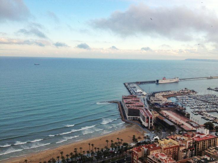 Una de las ciudades del Mediterráneo con mayor oferta creativa en el sector de la peluquería, estilismo y maquillaje profesional.