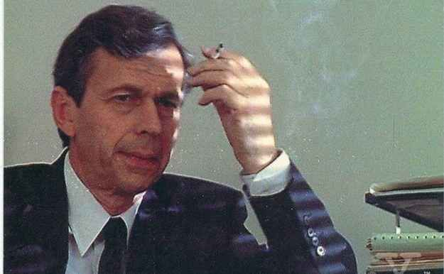 Before being cast as the Cigarette-Smoking Man, William B. Davis had not smoked a cigarette in 20 years.
