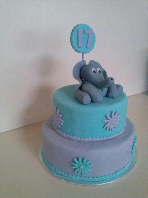 #Elephantcake #fondantelephant #cake #homebaked
