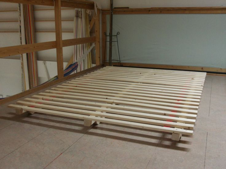 eenvoudig onderstel voor een futon