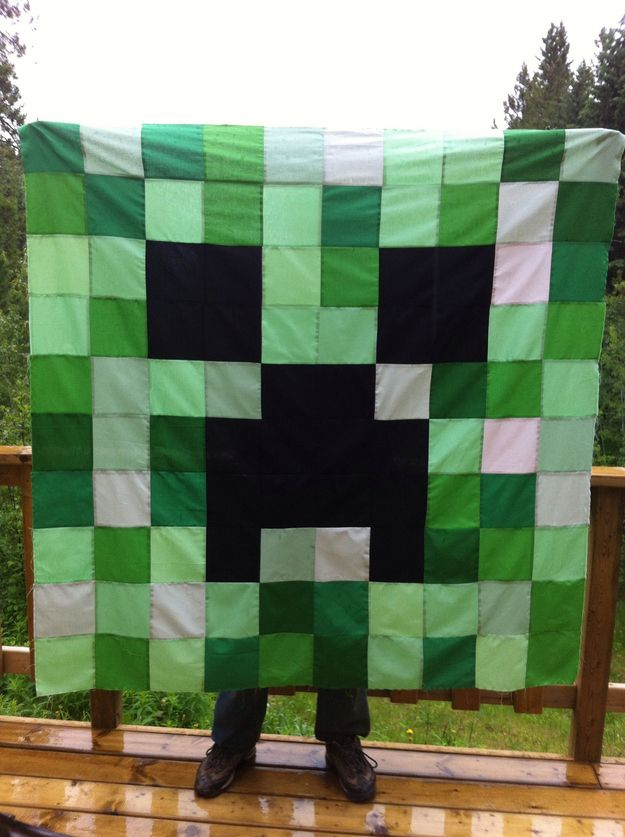 Minecraft Creeper Quilt. My youngest has put this on my must sew soon list :) S-