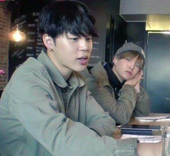 I wish someone would look at me like Yoongi is looking at Jimin