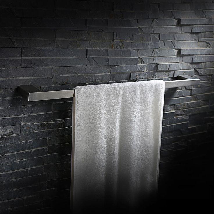 die besten 25 handtuchhalter wand edelstahl ideen auf pinterest langes schmales badezimmer. Black Bedroom Furniture Sets. Home Design Ideas