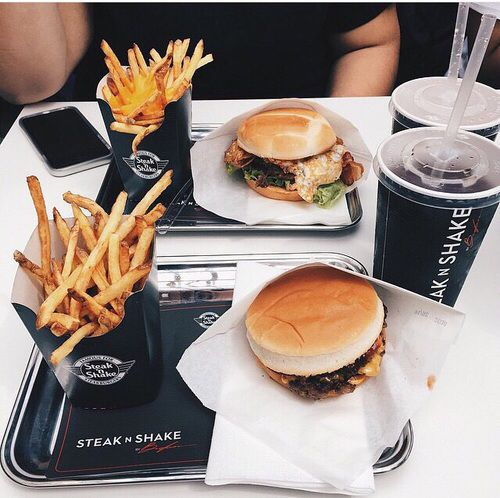 we finally got our first steak & shake in Santa Monica and I'm in love