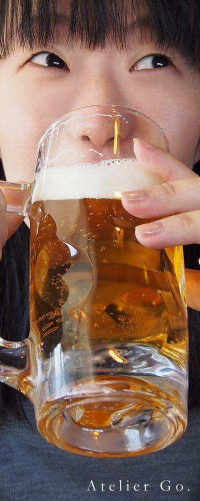 Drinking Beer UMAI!