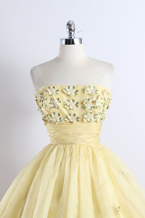 Buttercup . vintage 1950s dress . vintage by millstreetvintage
