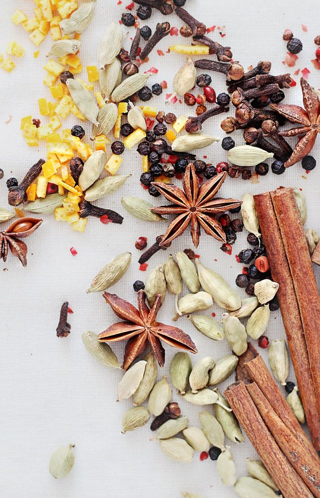 How to Make Homemade Mulling Spices | HelloNatural.co