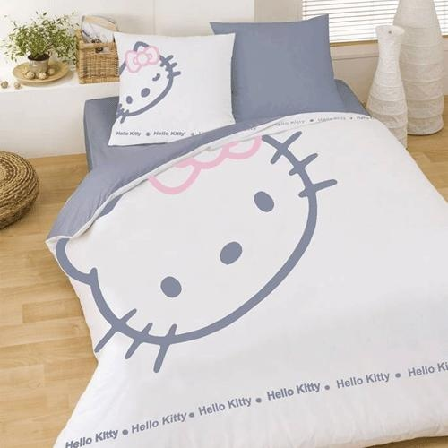 Housse de couette hello kitty blinky made by for Housse de voiture hello kitty