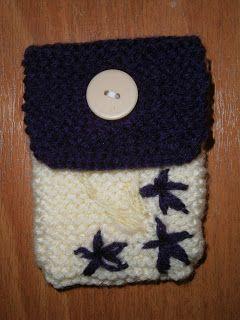 Lia B. Creations: Woollen pouch 018