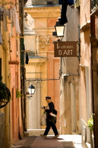postman in Menton, France   Moirenc Camille