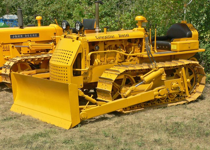 Old Heavy Equipment : Best images about caterpillar bulldozers on pinterest
