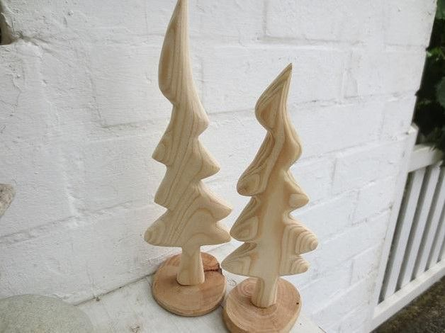 Deko und Accessoires für Weihnachten: 2 Tannenbäume 25/29 cm, Holz natur unbehandelt made by Holz und Pinselstrich via DaWanda.com
