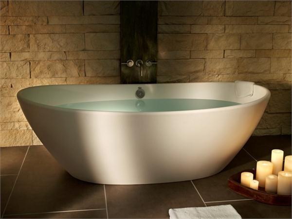 Elise 1 contemporary modern bathtub from MTI