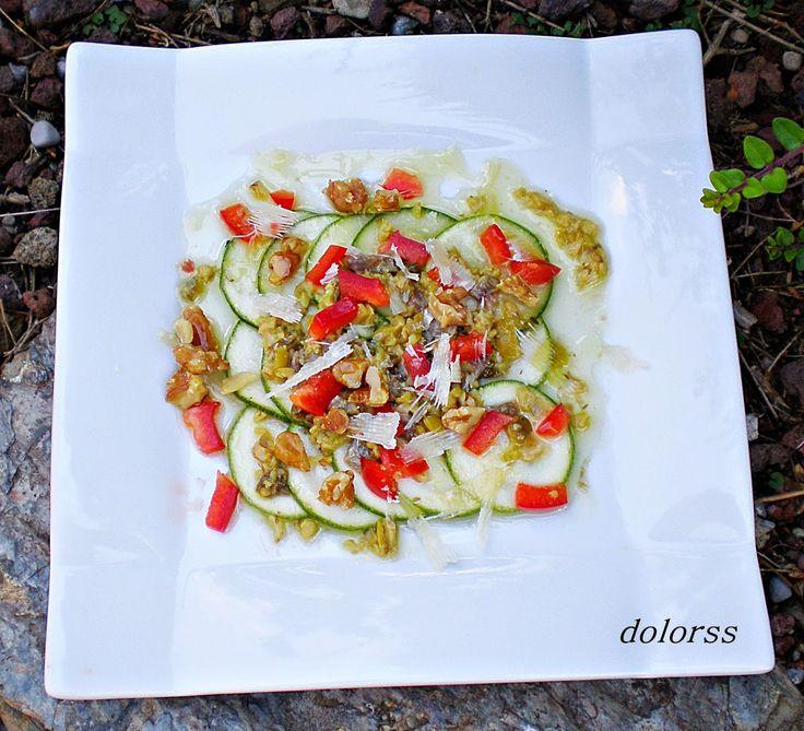Carpaccio de calabacín con parmesano y nueces
