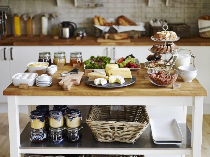 Mutfağınızda başlayan yemek serüvenini IKEA ile sofralarınıza taşıyın!