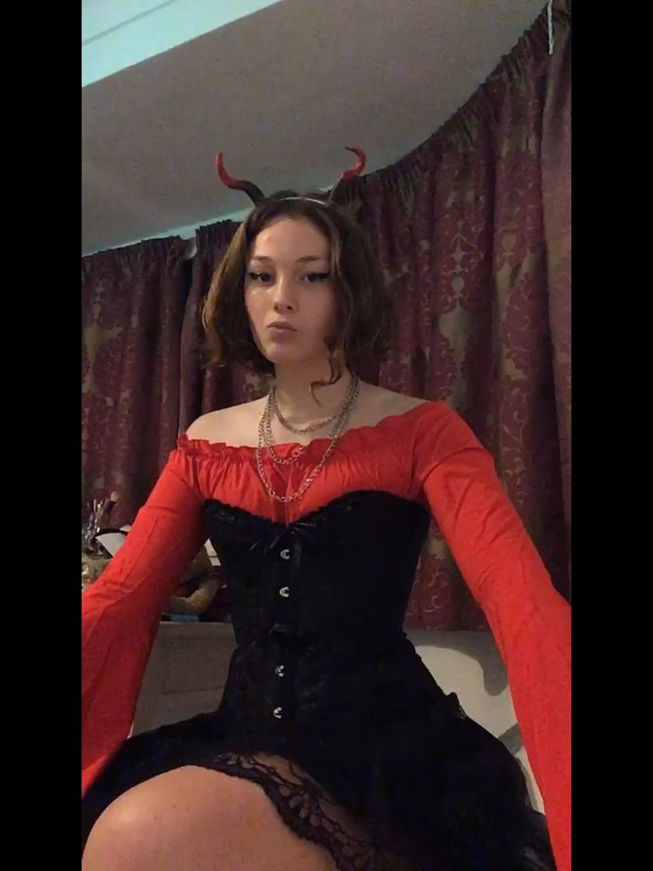 Halloween costume devil edgy grunge scary cool corset old fashioned Halloween inspiration statement fashion
