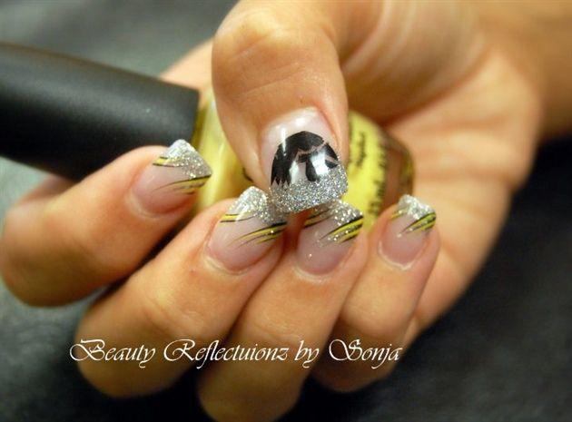 Go Iowa Hawkeyes!! by SonjaLarkin - Nail Art Gallery nailartgallery.nailsmag.com by Nails Magazine www.nailsmag.com #nailart