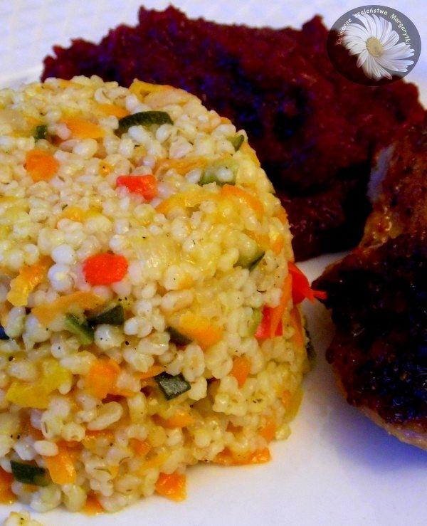 Kulinarne Szaleństwa Margarytki: Kasza jęczmienna z warzywami