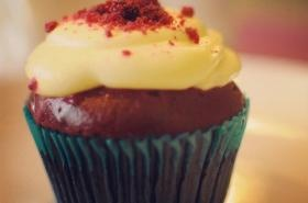 Red Velvet Cupcake and Rainbow Cake in Souly Butter Kitchen