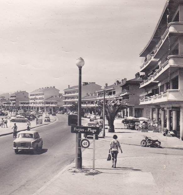 l'entrée de Fréjus-Plage par St Raphaël, il y a plus de cinquante ans