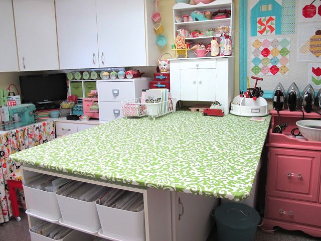 Diy Craft Room Table: 17 Best Images About Sewing Room Dream On Pinterest