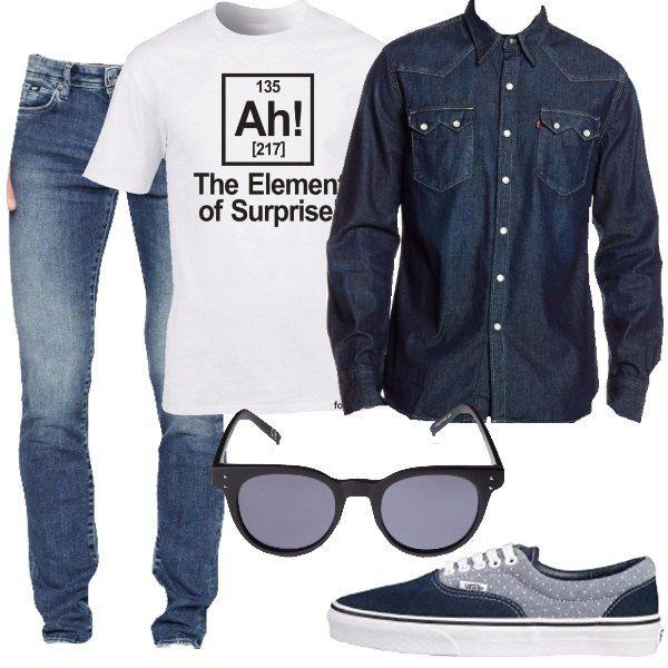 In jeans, abbinati ad una t-shirt bianca con stampa e ad una camicia in jeans, preferibilmente da lasciare aperta. Possiamo decisamente indossare delle comode sneakers e un paio di occhiali da sole per completare il look.