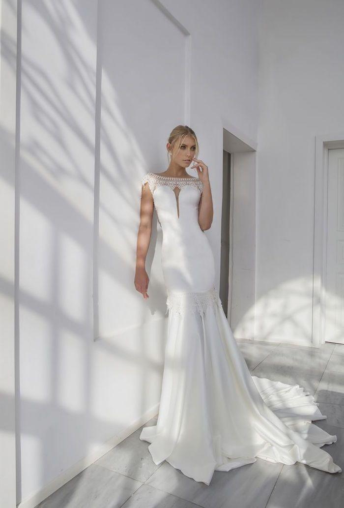 54f9a49f93ae ... Riki Dalal Wedding Dresses - Valencia bridal collection :  itakeyou.co.uk: