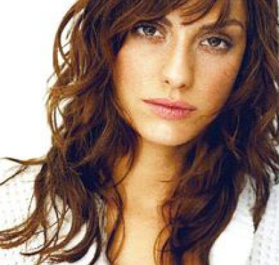 Long Wavy Layered Hairstyles With Bangs