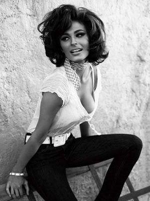 Sophia Loren - the definition of classic sexy,