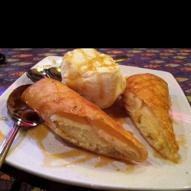 More like this: vanilla ice cream , fried cheesecake and cheesecake .