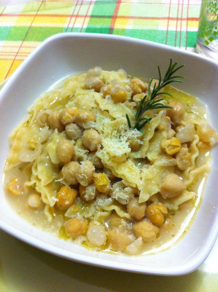 Ricetta Pasta e ceci pubblicata da ladani - Questa ricetta è nella categoria Zuppe, passati e minestre