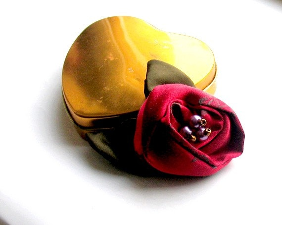 Silk Red Brooch Vintage Looking  Sweet  Upcycled by recyclingroom, $18.00