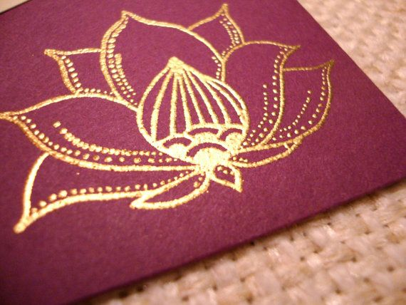 Indian Lotus Flower  Hand Stamped and Embossed di Weldonberry,