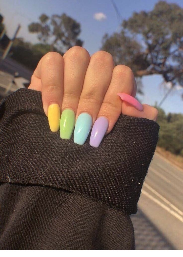 63 Classy Summer Nail Art To Make All The Heads Turn Towards You Coffin Nails Designs Gel Nail Designs Natural Gel Nails