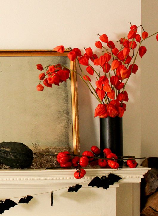 3 easy and elegant ways to decorate your halloween mantel - Sophisticated Halloween Decorations