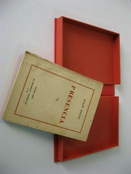 "Julio Denis. Presencia. ""El bibliófilo"", Buenos Aires, 1938. First Edition. Clamshell box. Outside of red cloth and inside of red Canson French Paper.Cajas Especiales, Good Air"