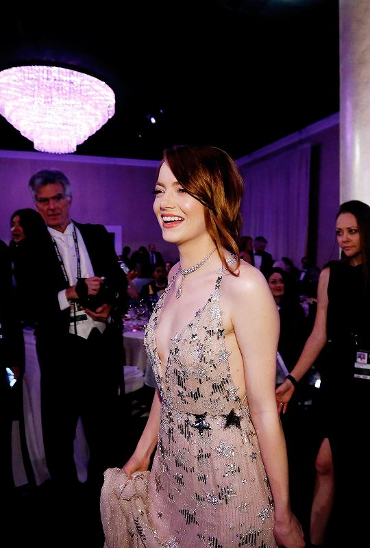"""""""Emma Stone attends the 74th Annual Golden Globe Awards at The Beverly Hilton Hotel on January 8, 2017 in Beverly Hills, California. """""""
