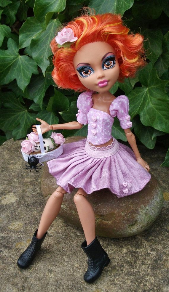 Monster High Howleen Valentine Custom OOAK Outfit by PitstopPippa, £38.50