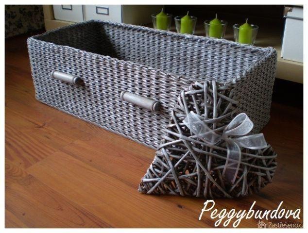 Pletení z papíru, háčkování, šití – aneb vlastnoruční výroba bytových doplňků (http://www.zastreseno.cz)