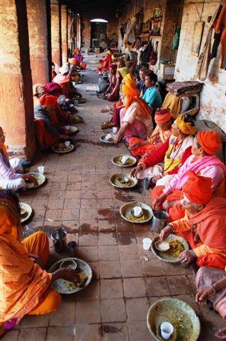 Nepal Lunchtime Pashupati